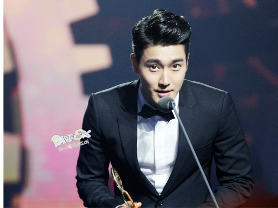 140522-SJM-at-kugou-awards-by-partners-2