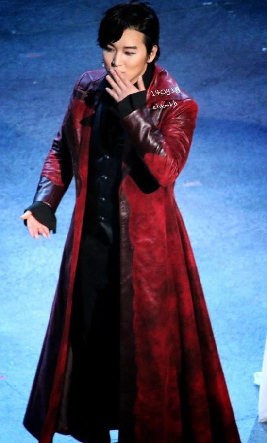 140818 sungmin vampire musical (3)