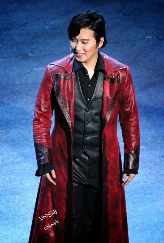 140818 sungmin vampire musical (4)