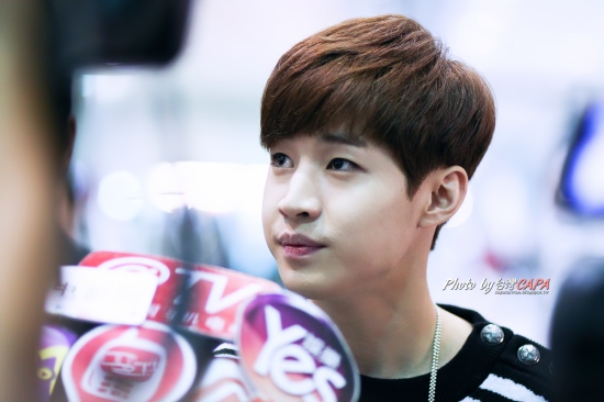 140828 henry taiwan airport001