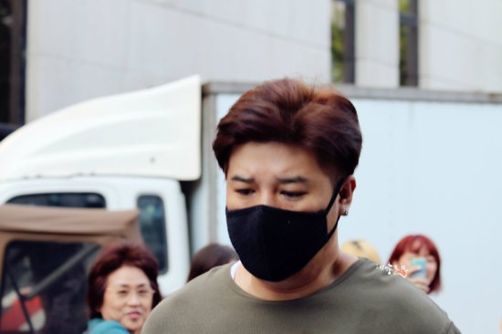 140829-shindong-at-kbs-building-by-xitongjiazu-2