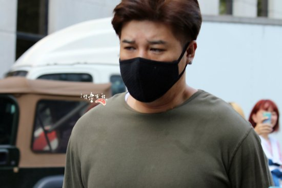 140829-shindong-at-kbs-building-by-xitongjiazu-3