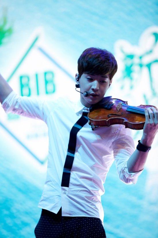 140902 smtown now update henry001