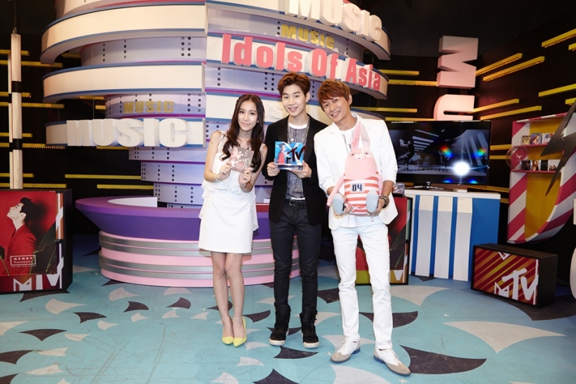 140902 smtown now update henry009