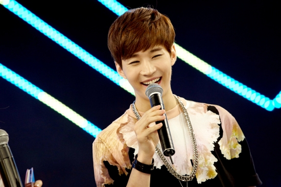 140902 smtown now update henry013