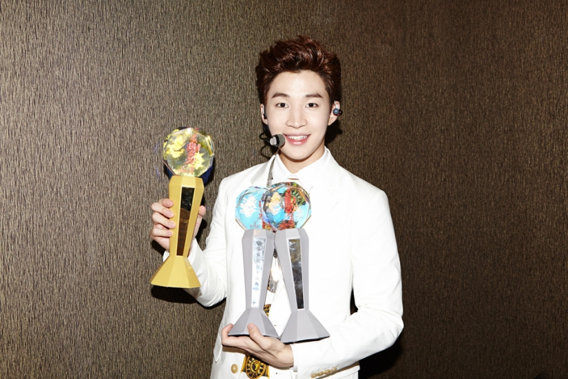140902 smtown now update henry018
