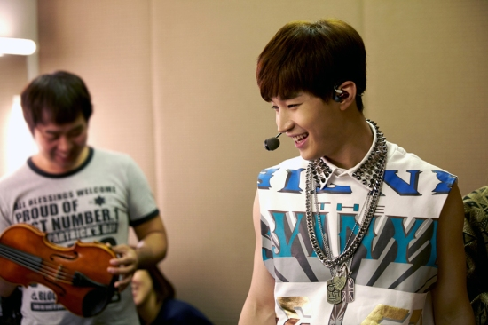 140902 smtown now update henry028