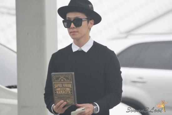 140903 leeteuk donghae at incheon airport002