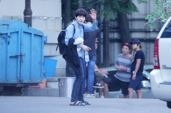 140907 Kyu-after-inkigayo2