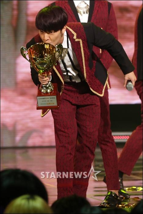 140910 show champion056