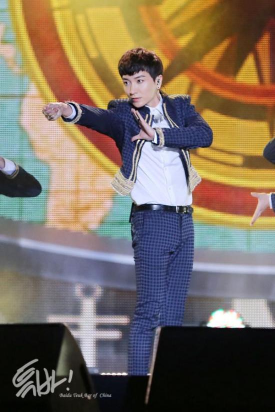 140927-Incheon-Sky-festival-leeteuk-2
