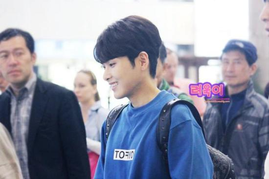 140928-Ryeowook-at-gimpo-ryeowookie0621-2