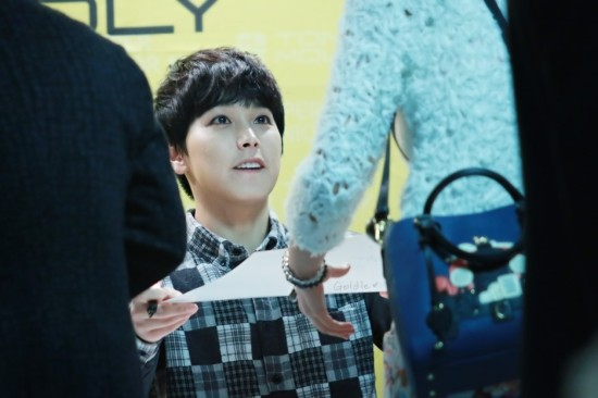 141002-TonyMoly-fansign-sungmin-6
