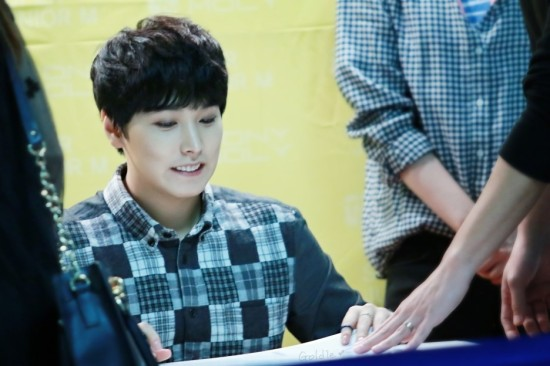 141002-TonyMoly-fansign-sungmin-8