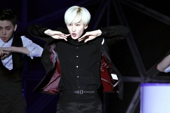 141.018-SMTown-Eunhyuk-Yanger-7