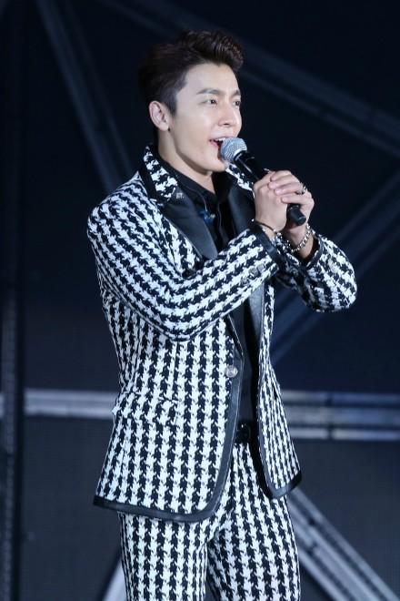 141.018 SMTown Hae3