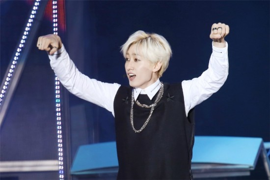 141.018 SMTown shanghai Sungmin eunhyuk001