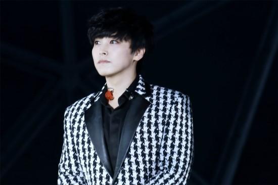 141.018 SMTown shanghai Sungmin eunhyuk023