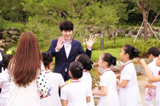 141024 土豆韩娱 weibo update with sjm001