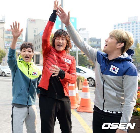 141106 leeteuk kangin kim janghoon's mv filming003