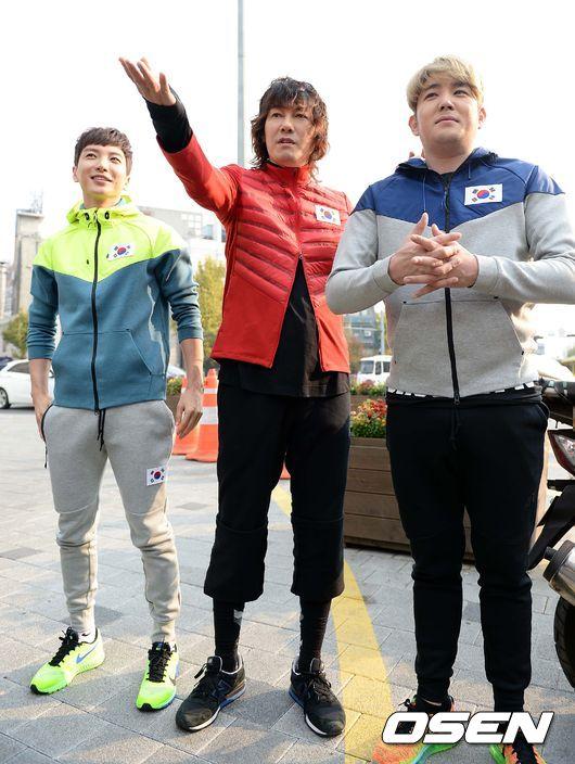 141106 leeteuk kangin kim janghoon's mv filming014