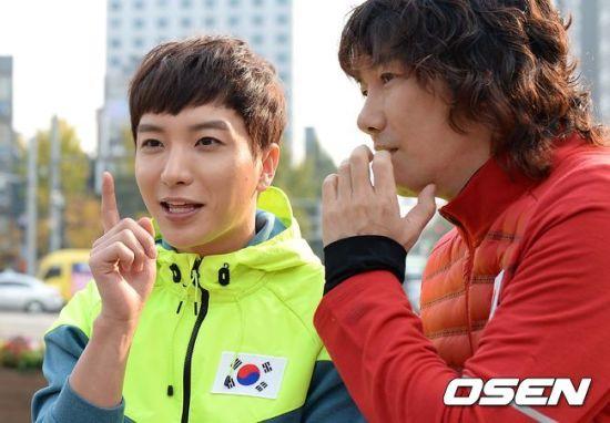 141106 leeteuk kangin kim janghoon's mv filming016