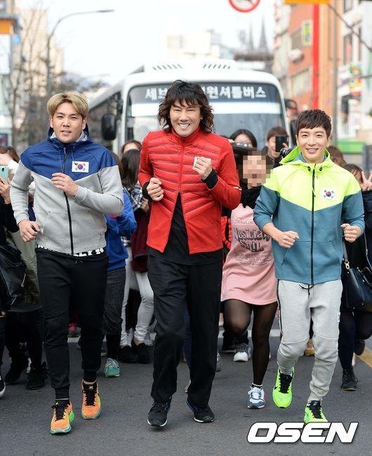 141106 leeteuk kangin kim janghoon's mv filming019