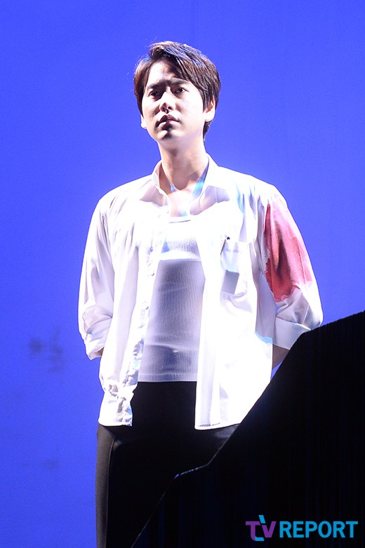 141106 Official, 'The Days' Musical Press Call with Kyuhyun002