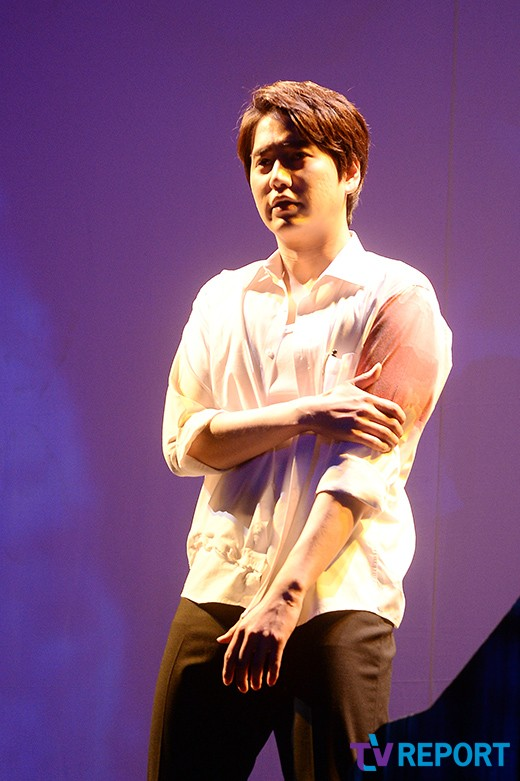 141106 Official, 'The Days' Musical Press Call with Kyuhyun003