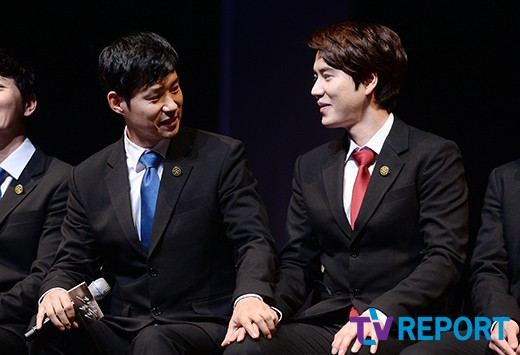 141106 Official, 'The Days' Musical Press Call with Kyuhyun006
