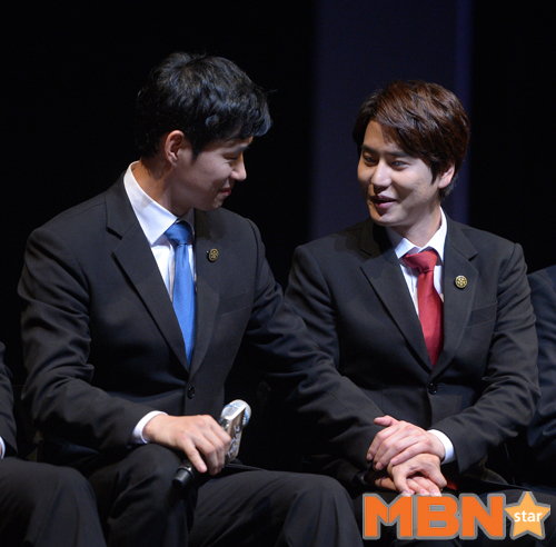 141106 Official, 'The Days' Musical Press Call with Kyuhyun020