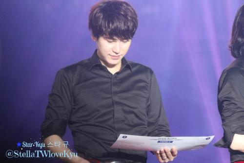 141108 SuperShowHK-Kyu21