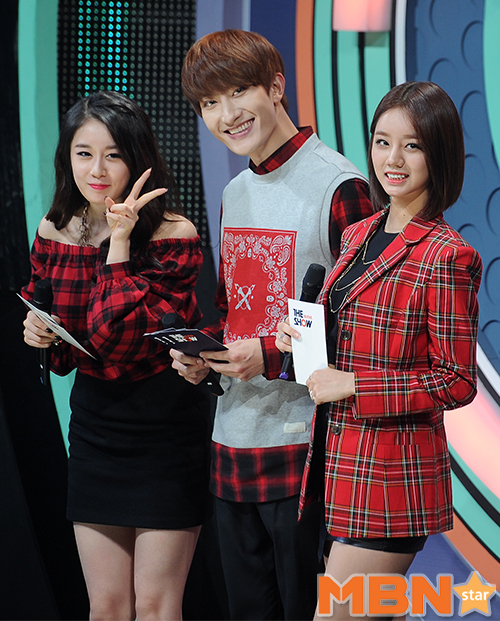 141118 the show zhoumi006