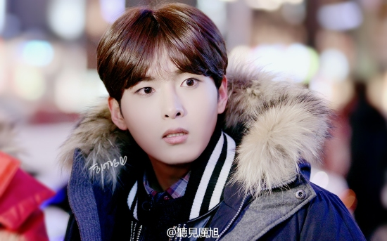 141213 Ryeowook at Hongdae2