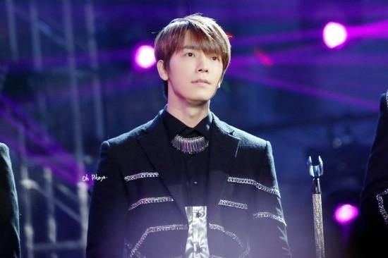 141231-JiangsuTV-Donghae-OhPitaya3