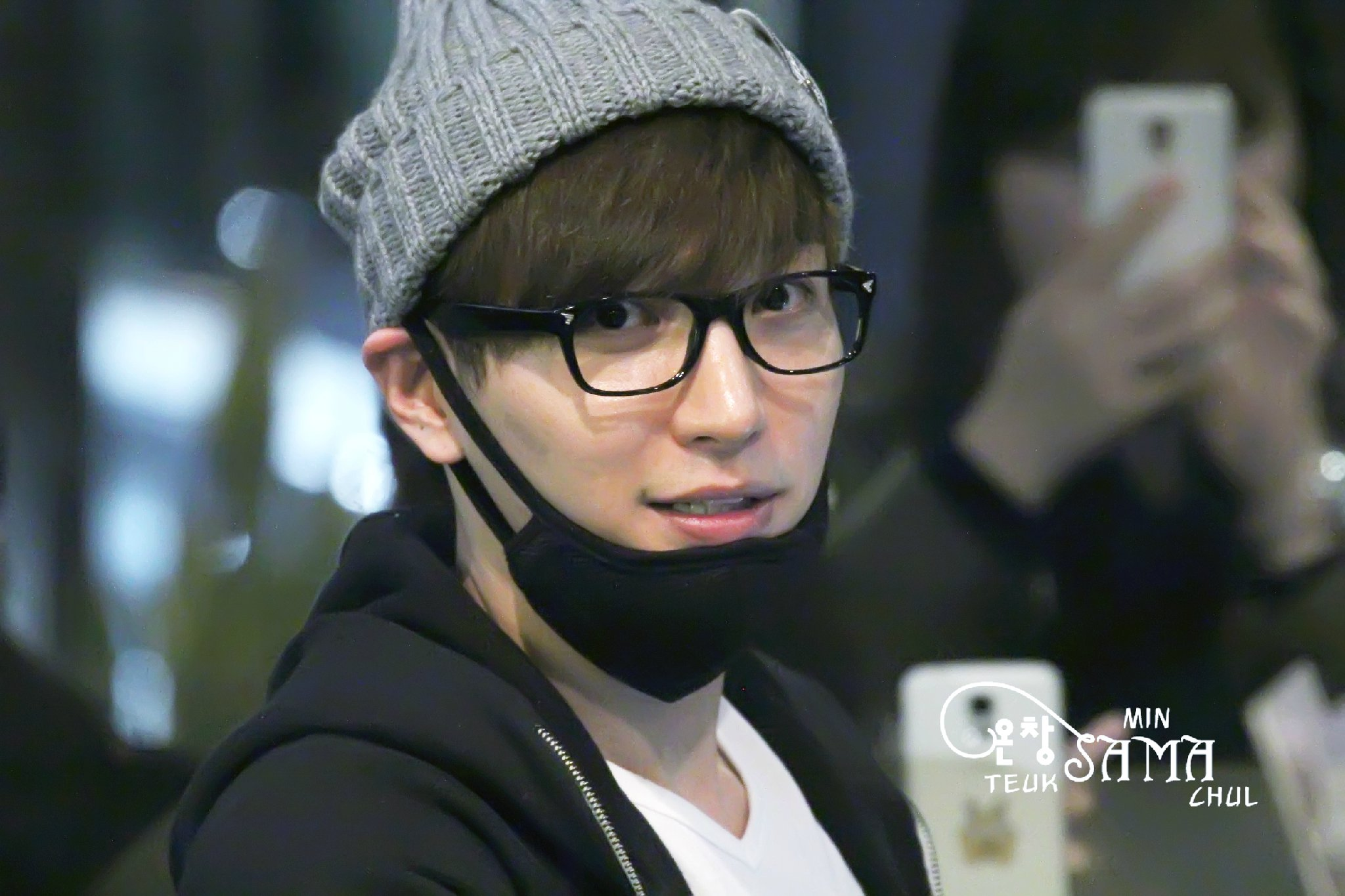 Leeteuk at Kona Beans [39P] – From 150215  ☆★☆ SUPER JUNIOR