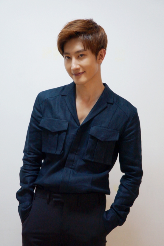 150617 SMTOWN NOW Official Update with Zhou Mi3