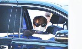 150619 donghae at icn to hk14