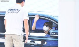 150619 donghae at icn to hk7