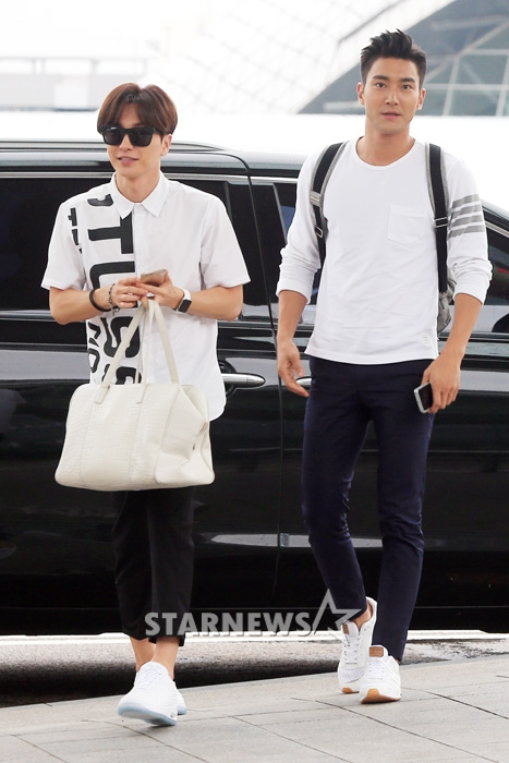 150724 Official, Leeteuk and Siwon at Incheon Airport (to Osaka)12