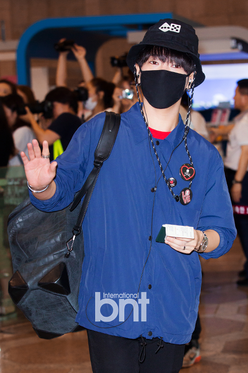 150725 Official, Yesung, Donghae, Ryeowook at Gimpo Airport (to Osaka)1