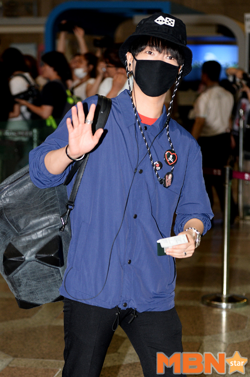 150725 Official, Yesung, Donghae, Ryeowook at Gimpo Airport (to Osaka)5