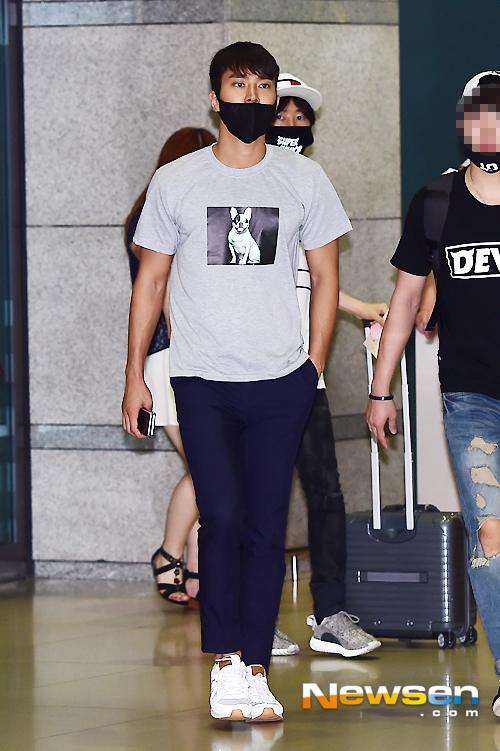 150727 Official, Kangin, Siwon and Eunhyuk at Incheon Airport (from Osaka) 2