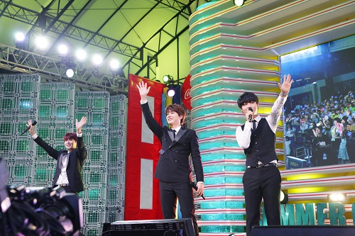 150727 Official, Mezamashi Live in Tokyo with Super Junior K.R.Y5
