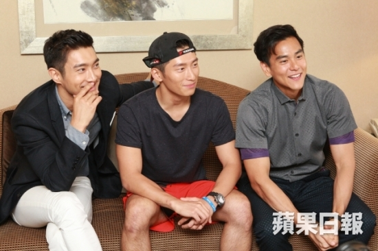 150803 Official Apple Daily interview with siwon 3