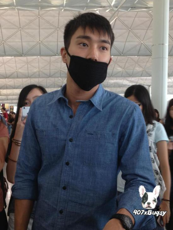 150804 Siwon at HK Airport By 407xBugsy 1