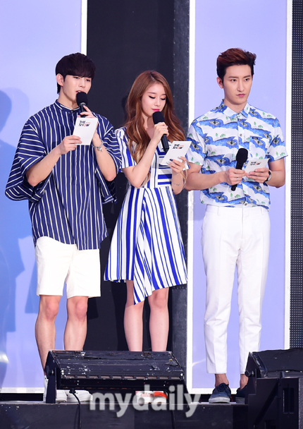 150804 summer kpop festival zhou mi1
