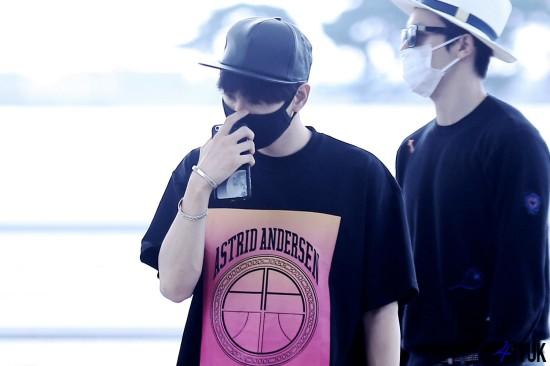 150814 Eunhyuk at Incheon Airport (to Taiwan)3