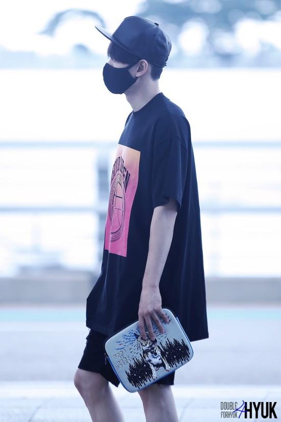 150814 Eunhyuk at Incheon Airport (to Taiwan)6