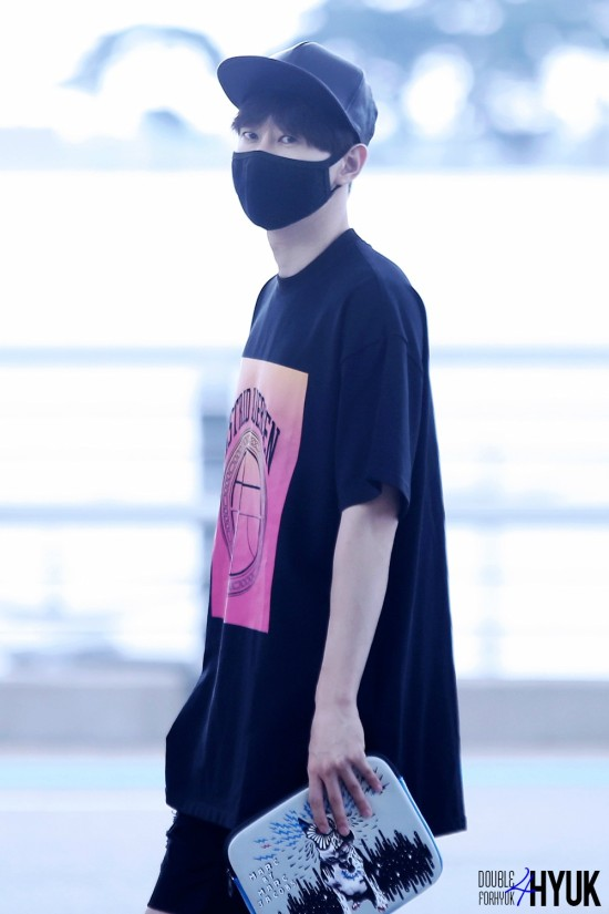 150814 Eunhyuk at Incheon Airport (to Taiwan)8